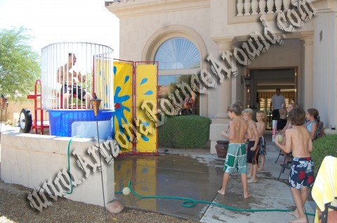 Rent dunk tanks and dunking booths in Denver CO